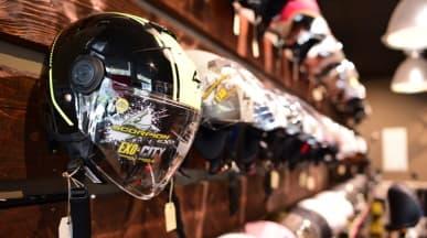 Helme von Scorpion und weiteren Herstellern